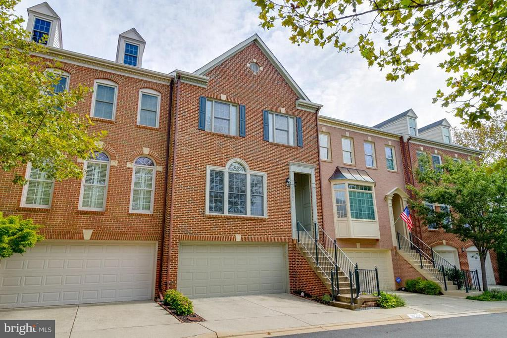 Fairfax Homes for Sale -  Townhome,  10504  CATESBY ROW