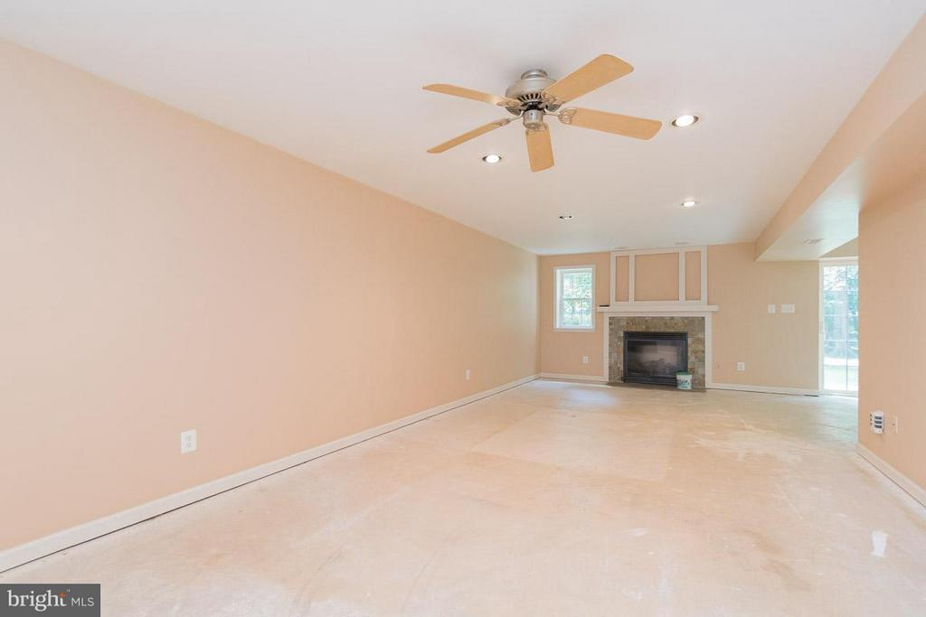 Rec Room with FP - 13781 CORONADO CT, MANASSAS