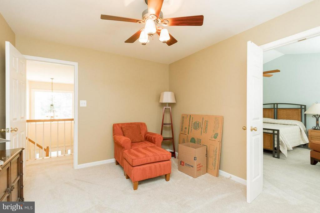 Bedroom #3 also opens to master - 13781 CORONADO CT, MANASSAS