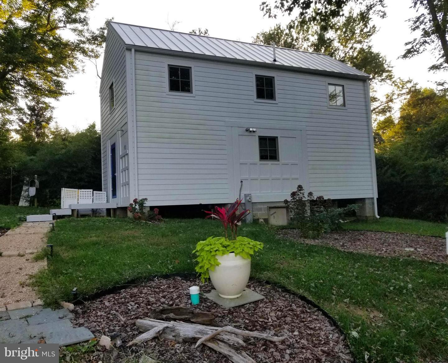 Other Residential for Rent at 664 Fairhaven Rd Tracys Landing, Maryland 20779 United States