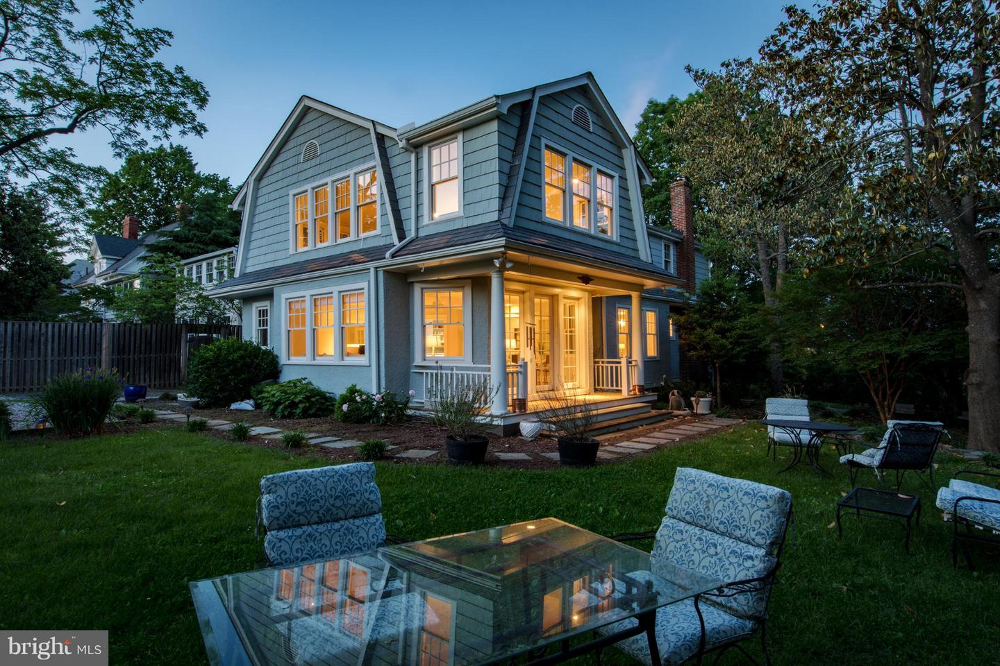 Single Family for Sale at 3430 34th Pl NW Washington, District Of Columbia 20016 United States
