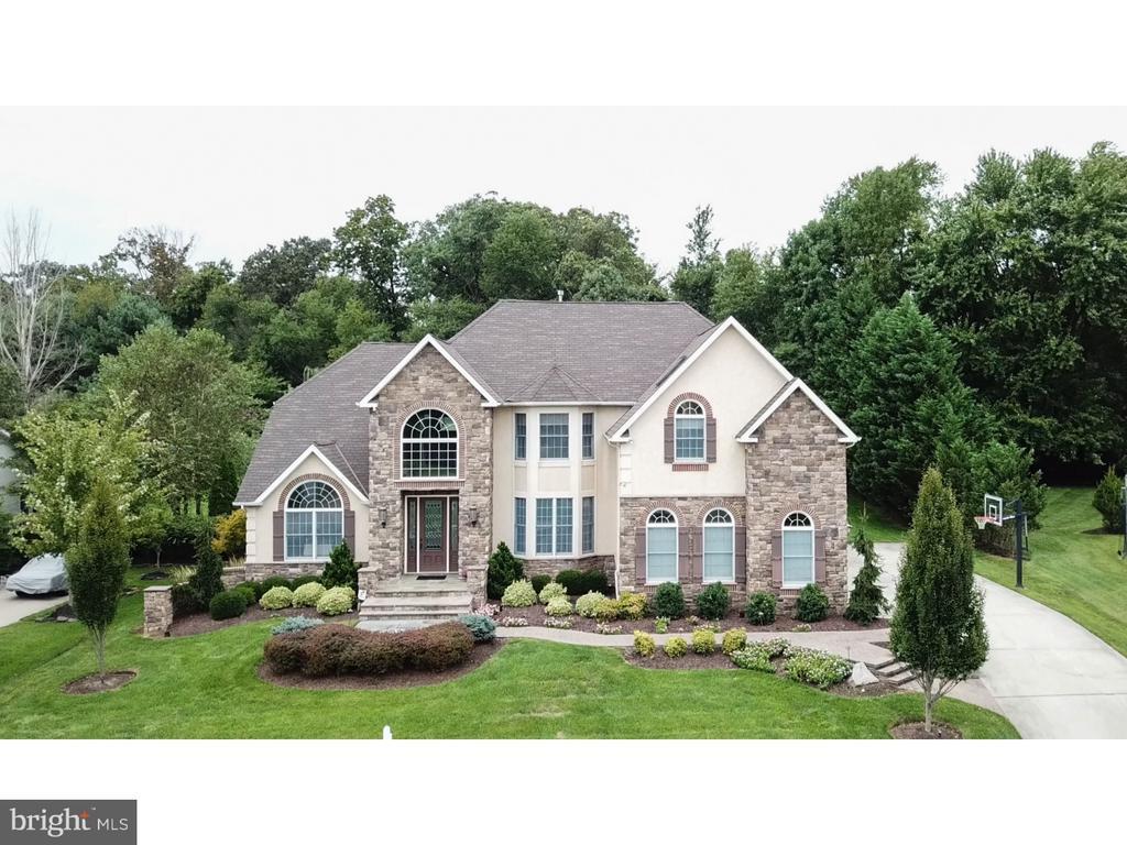 6 MANOR HOUSE CT, Cherry Hill NJ 08003