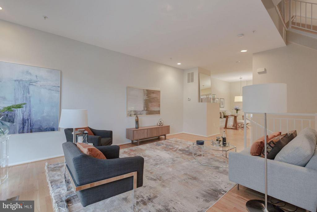 Living Room - 1823 16TH ST N, ARLINGTON