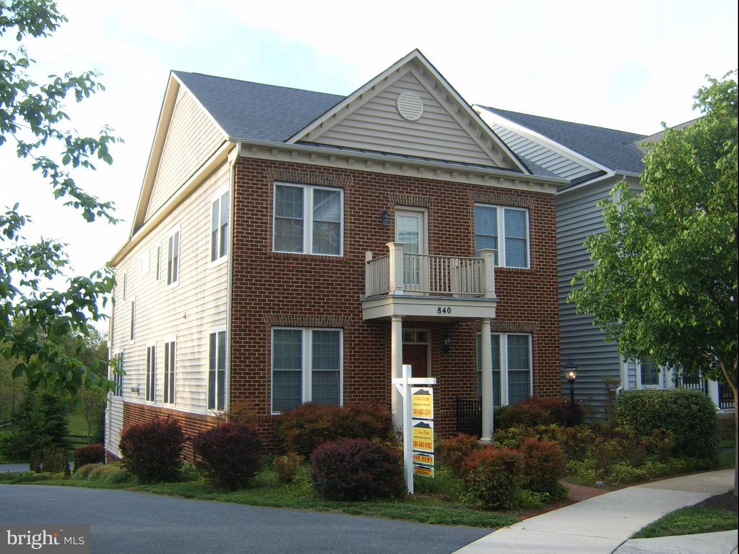 Photo of home for sale at 840 Hidden Marsh Street, Gaithersburg MD