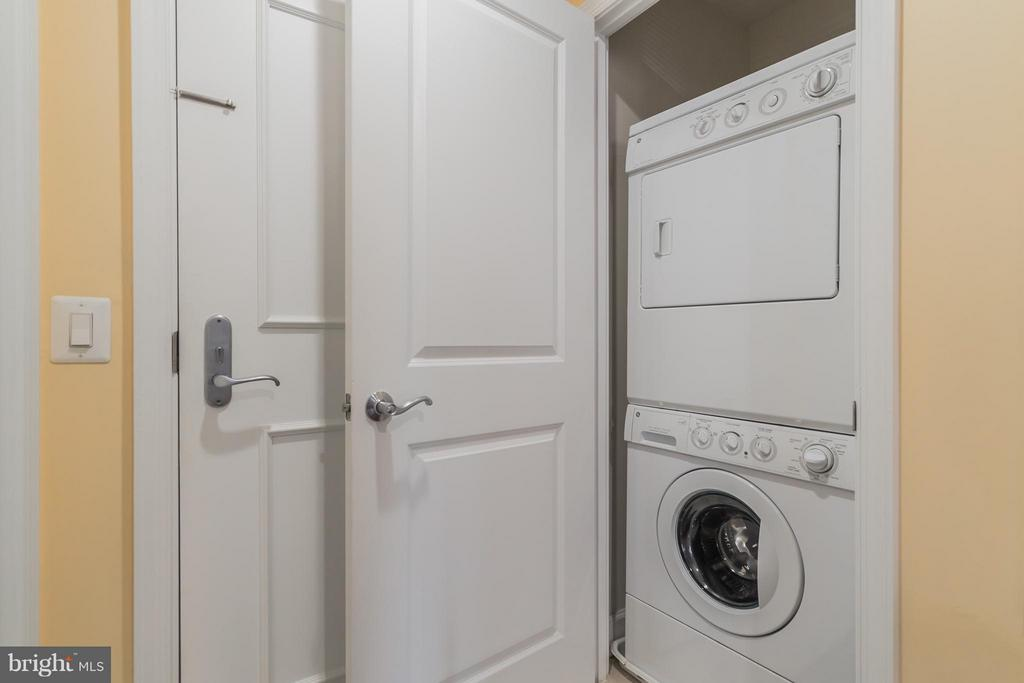 Washer/Dryer - 3650 GLEBE RD #541, ARLINGTON