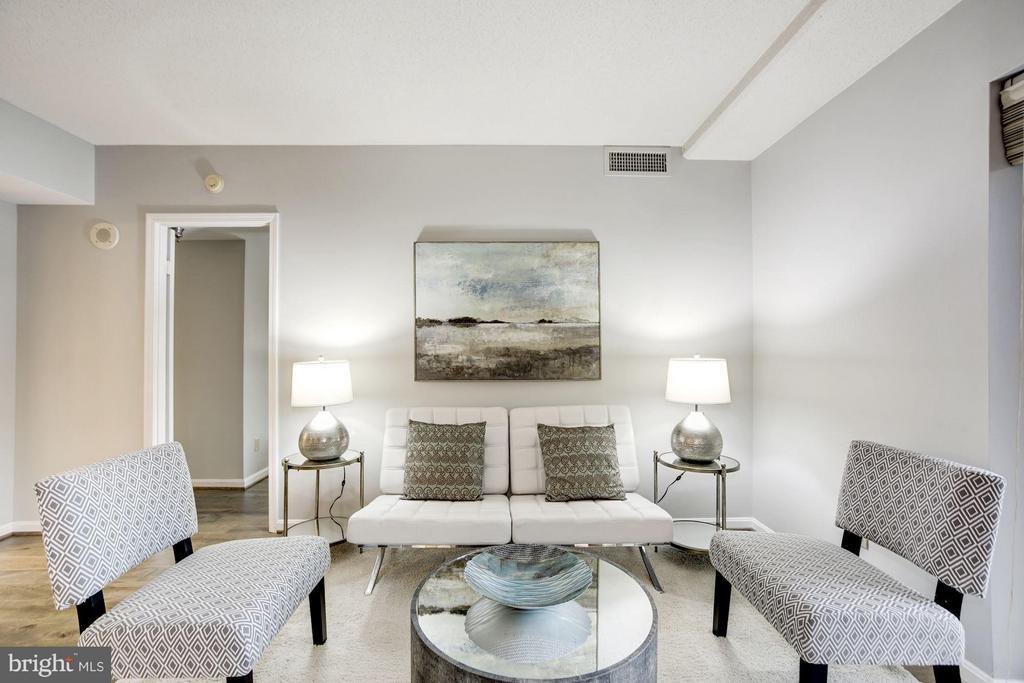 Living Room - 2400 CLARENDON BLVD #114, ARLINGTON