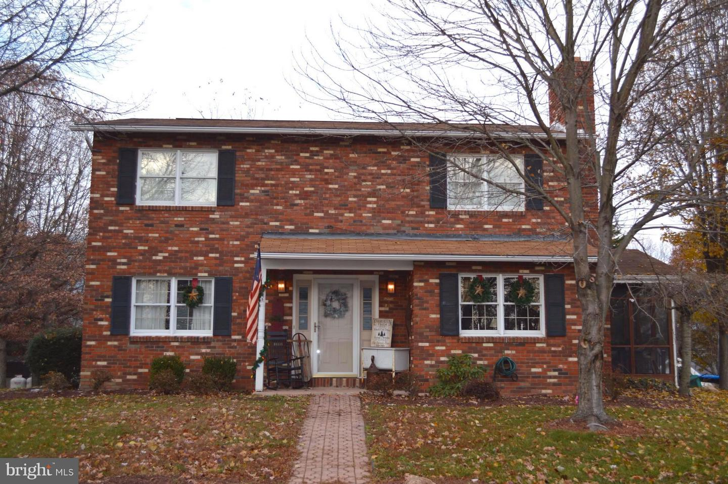Single Family for Sale at 233 Roseanna St Wiley Ford, West Virginia 26767 United States