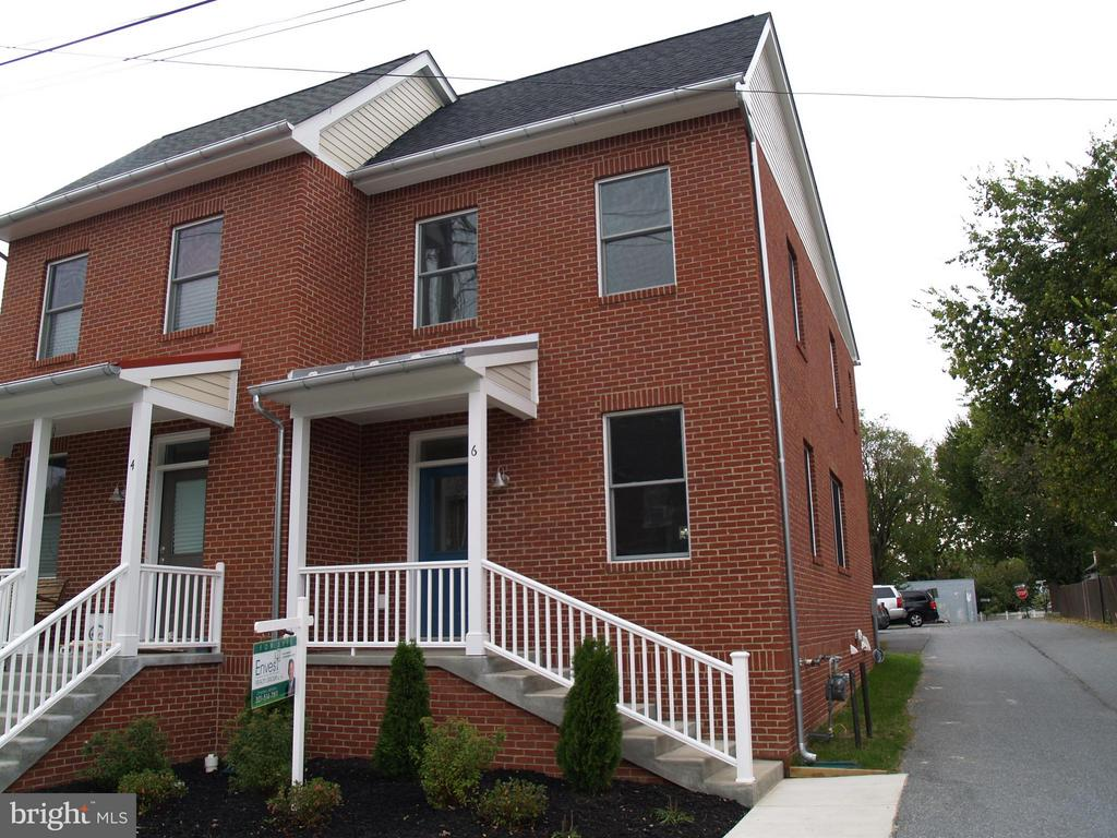 Front Exterior - 6 7TH ST W, FREDERICK