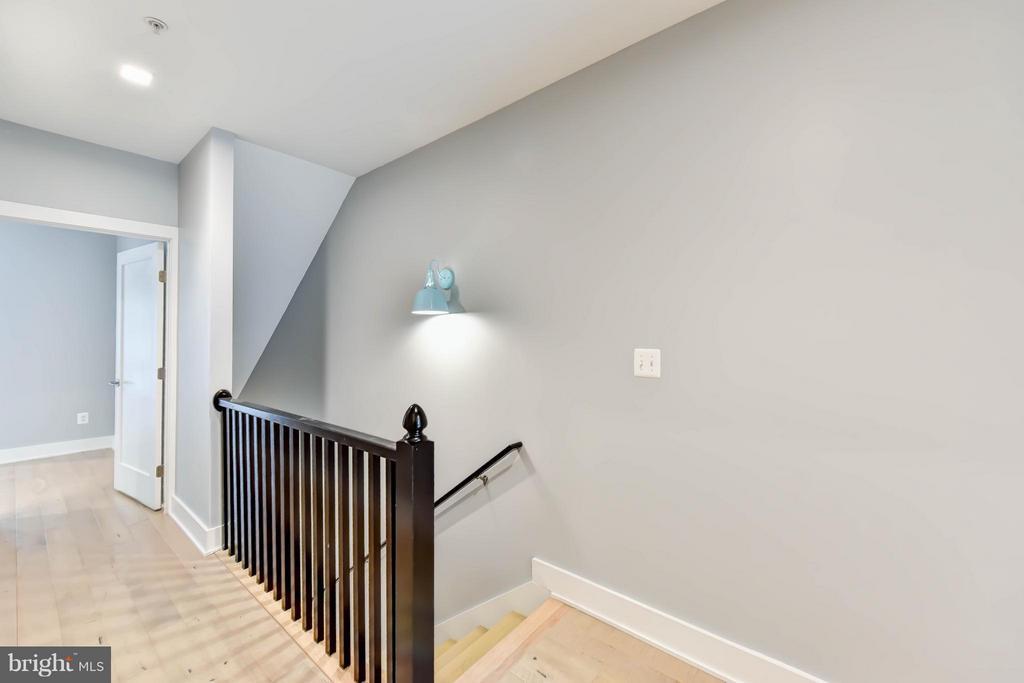 Upstairs Hall - 84 P ST NW, WASHINGTON