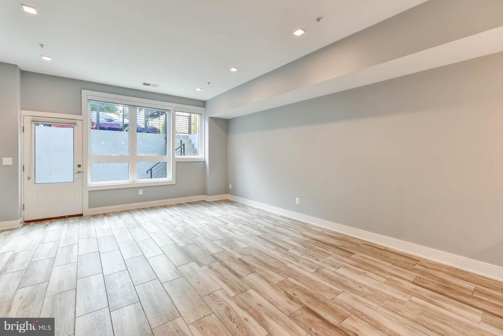 Living Room - 84 P ST NW, WASHINGTON