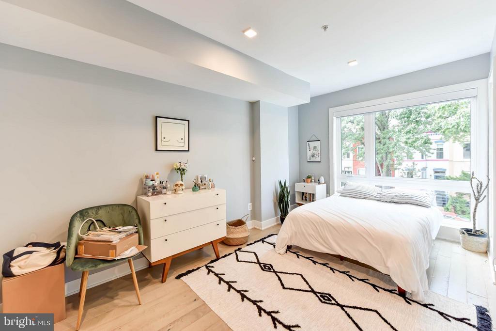 Unit 2 Main Floor Bedroom (Master) - 84 P ST NW, WASHINGTON