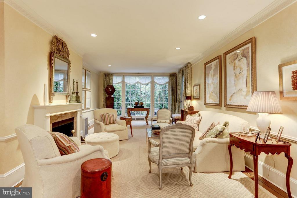 Living Room w/ French Doors to Garden - 3005 O ST NW, WASHINGTON