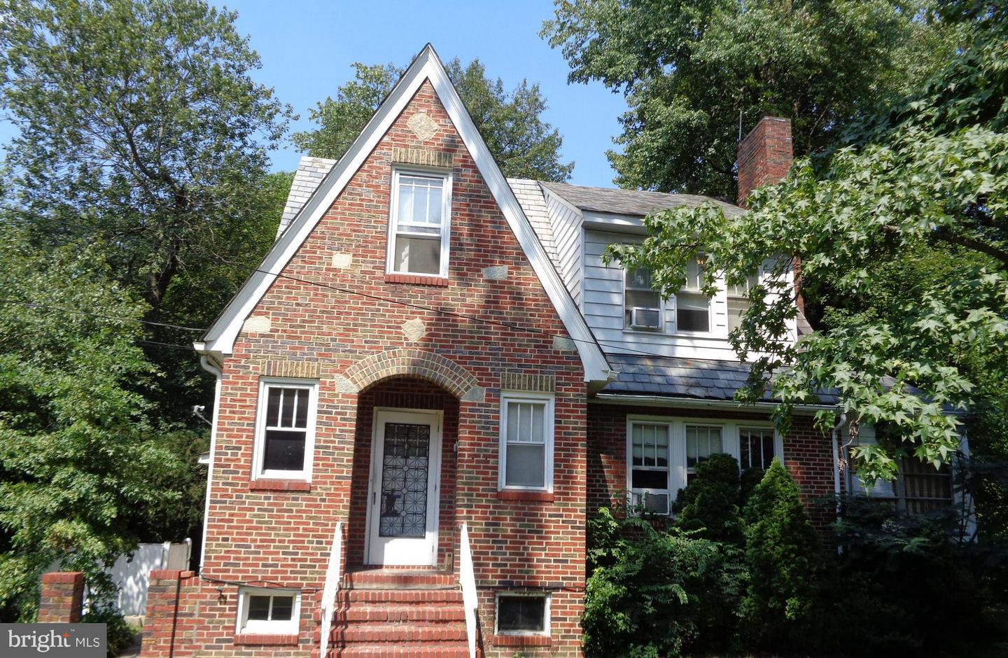 Single Family for Sale at 6504 44th Ave University Park, Maryland 20782 United States
