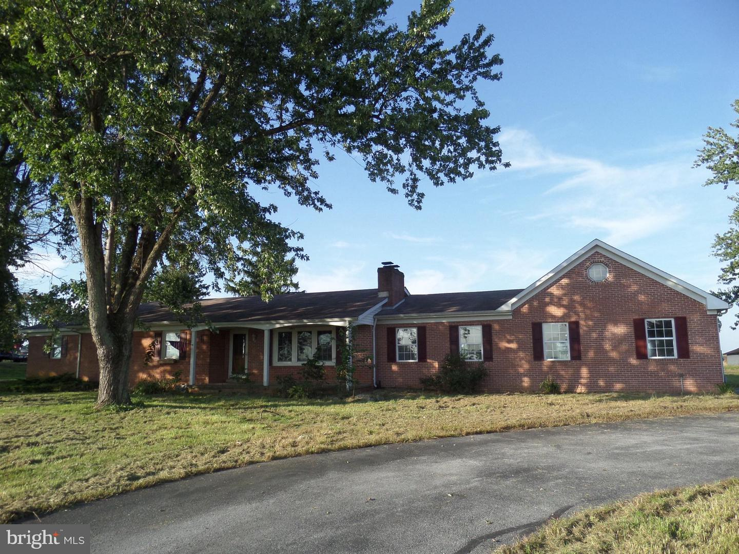 Single Family for Sale at 3542 Leetown Rd Summit Point, West Virginia 25446 United States