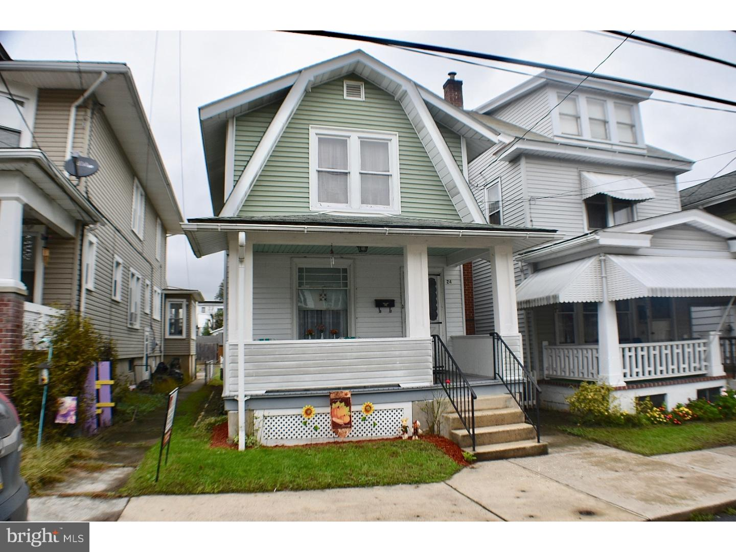 Single Family Home for Sale at 24 W LAUREL Street Tremont, Pennsylvania 17981 United States