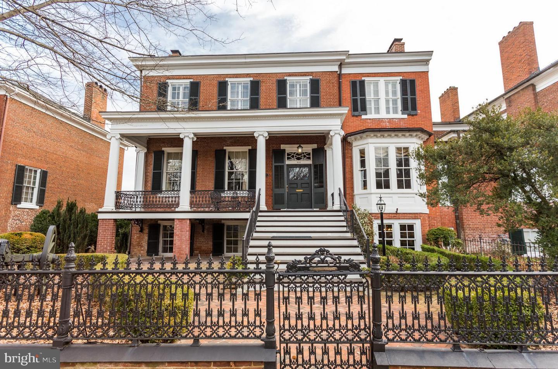 Fredericksburg                                                                      , VA - $1,748,000