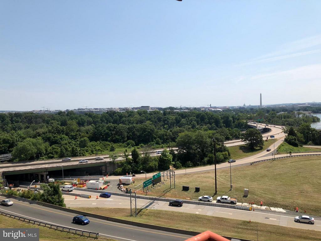 View East towards DC - 1011 ARLINGTON BLVD #819, ARLINGTON