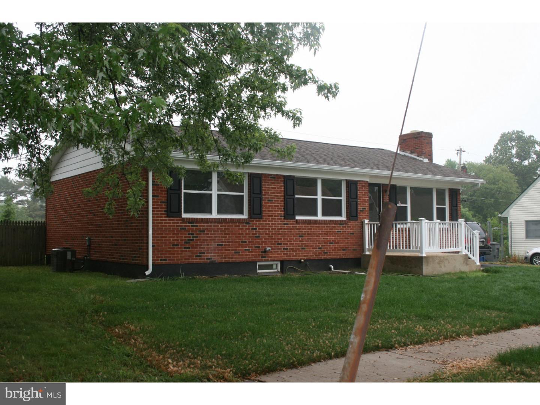 Maison unifamiliale pour l Vente à 111 WARFEL Drive Delaware City, Delaware 19706 États-Unis