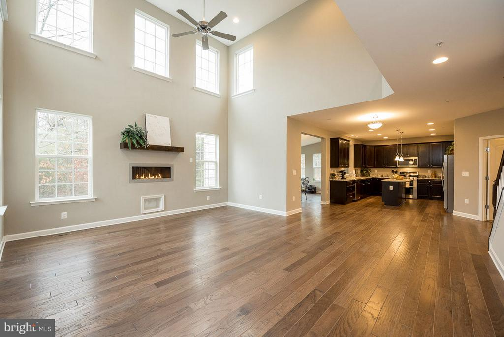 View through Great Room to kitchen area - 10407 DEL RAY CT, UPPER MARLBORO