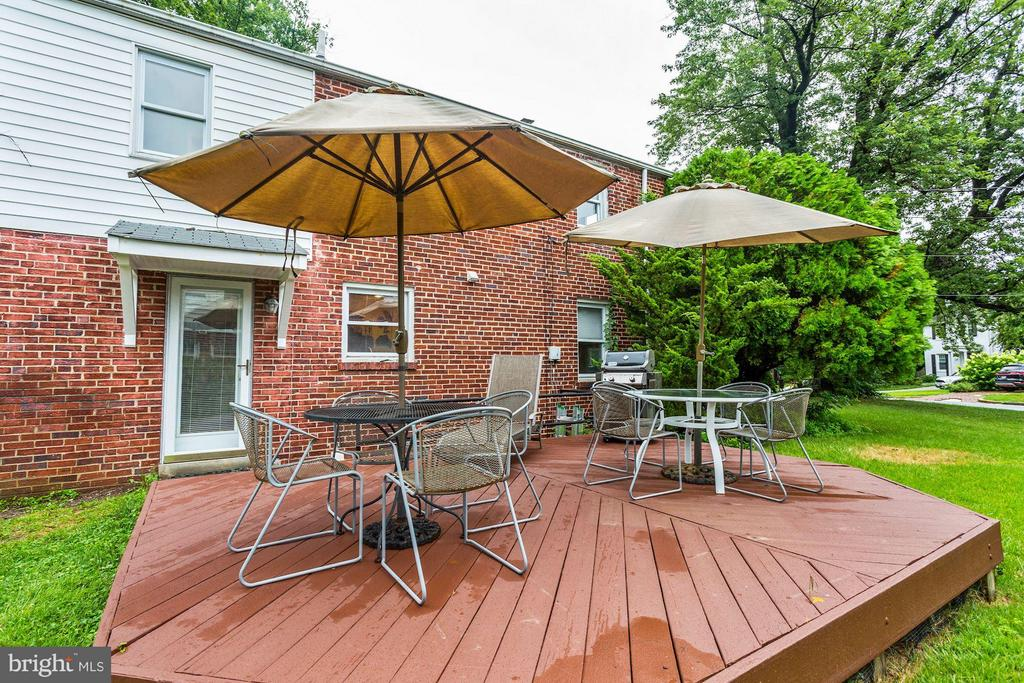Deck - 9700 MARSHALL AVE, SILVER SPRING