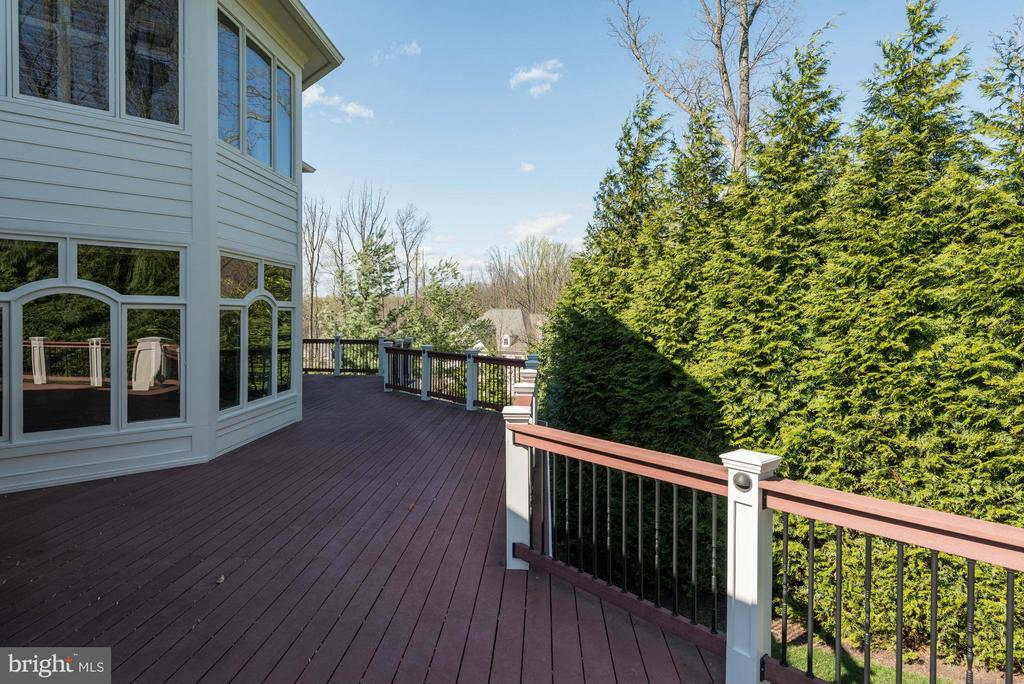Deck View - 1063 SILENT RIDGE CT, MCLEAN