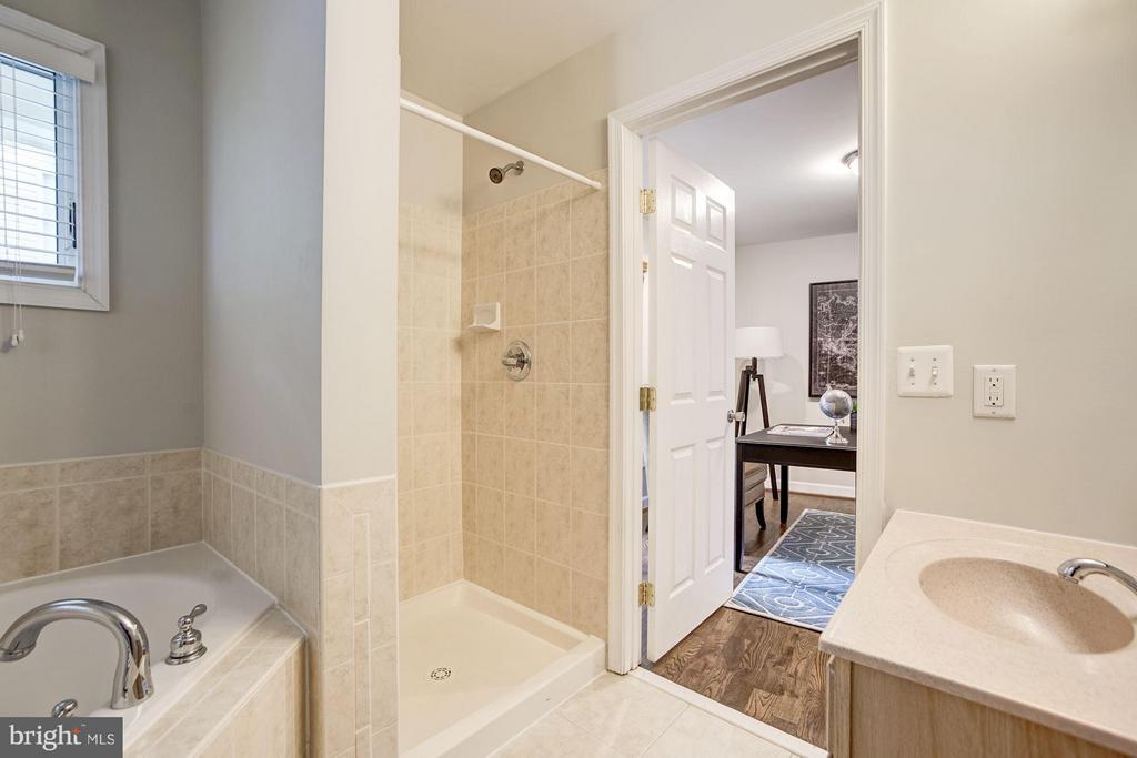 Bathroom #1 - 3702 MUNSON RD, FALLS CHURCH