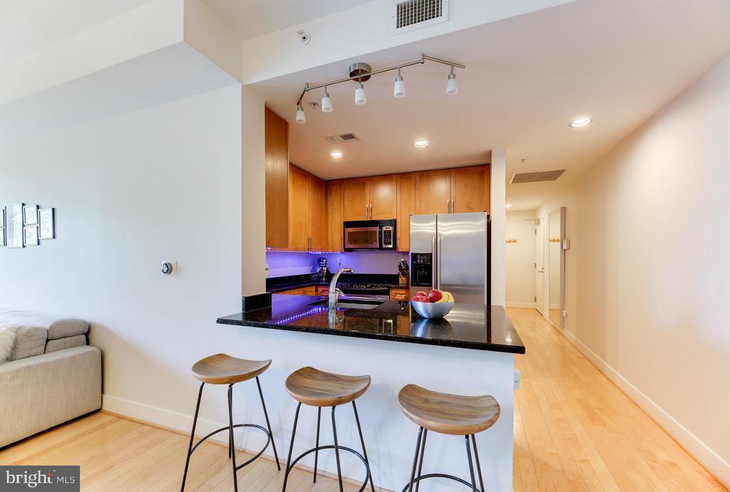 Kitchen - 4101 ALBEMARLE ST NW #352, WASHINGTON