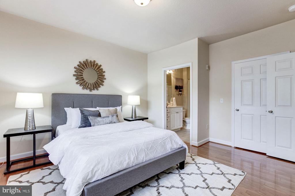 Master Bedroom - 501 HUNGERFORD DR #374, ROCKVILLE