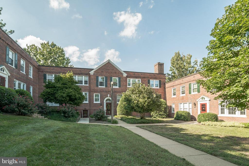 Community - 1913 KEY BLVD #573, ARLINGTON
