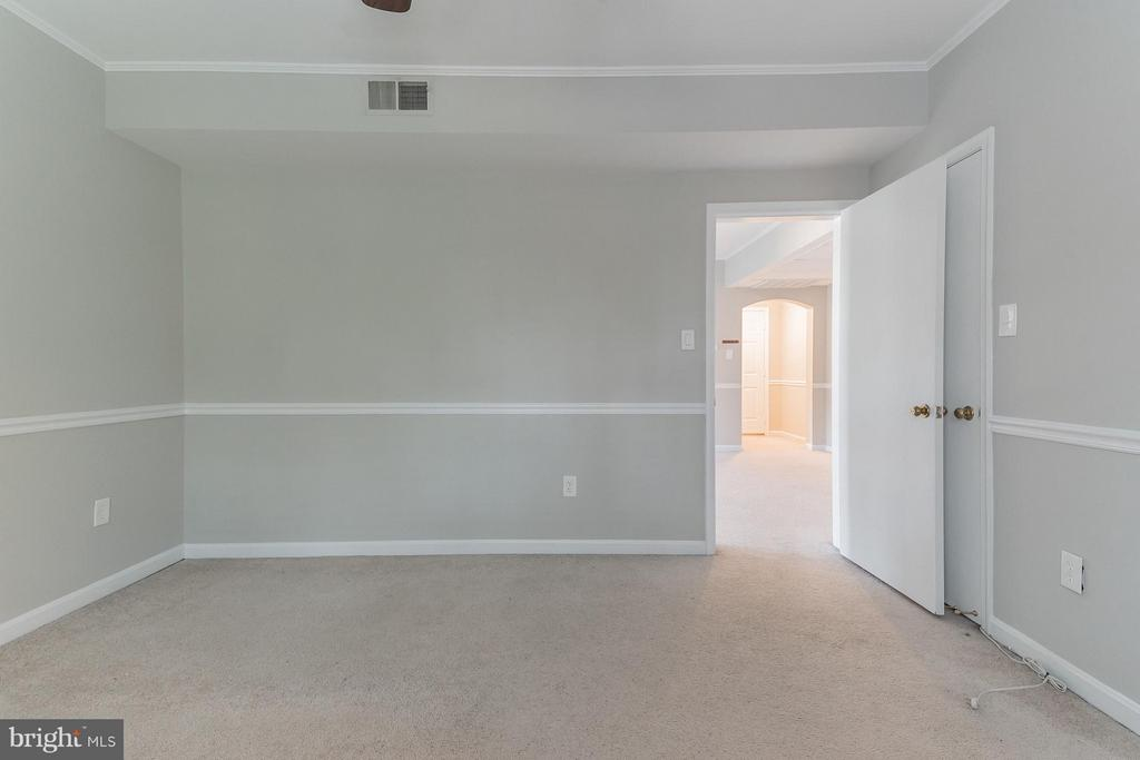 Bedroom (Master) - 1913 KEY BLVD #573, ARLINGTON