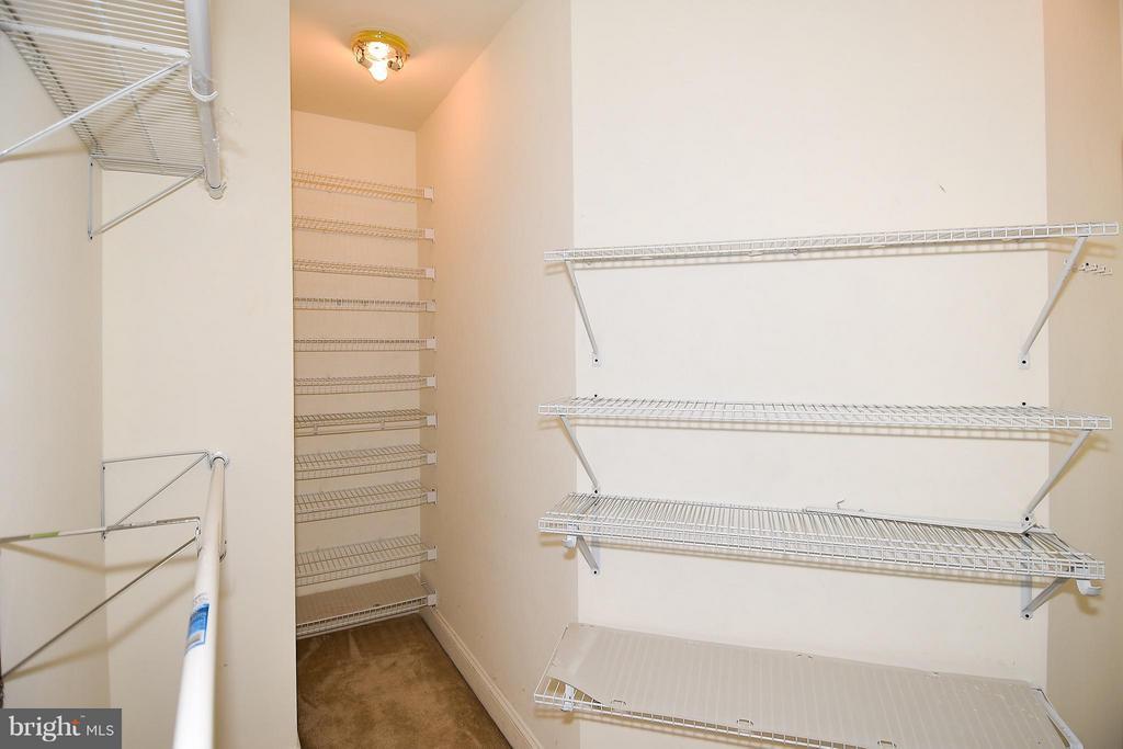 Bedroom (Master) Closet - 12218 TIDESWELL MILL CT, WOODBRIDGE