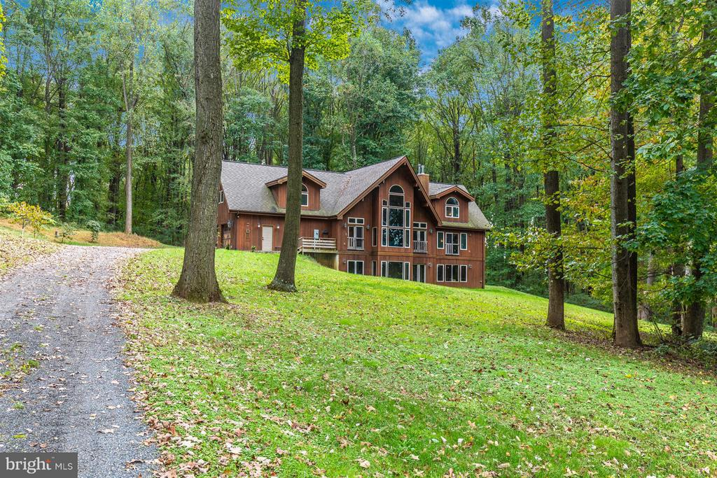 Secluded and private. - 914 TREVANION RD, UNION BRIDGE