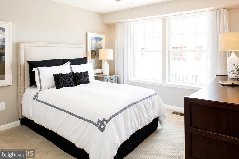 Bedroom - 21 SILVERWAY DR, HERNDON