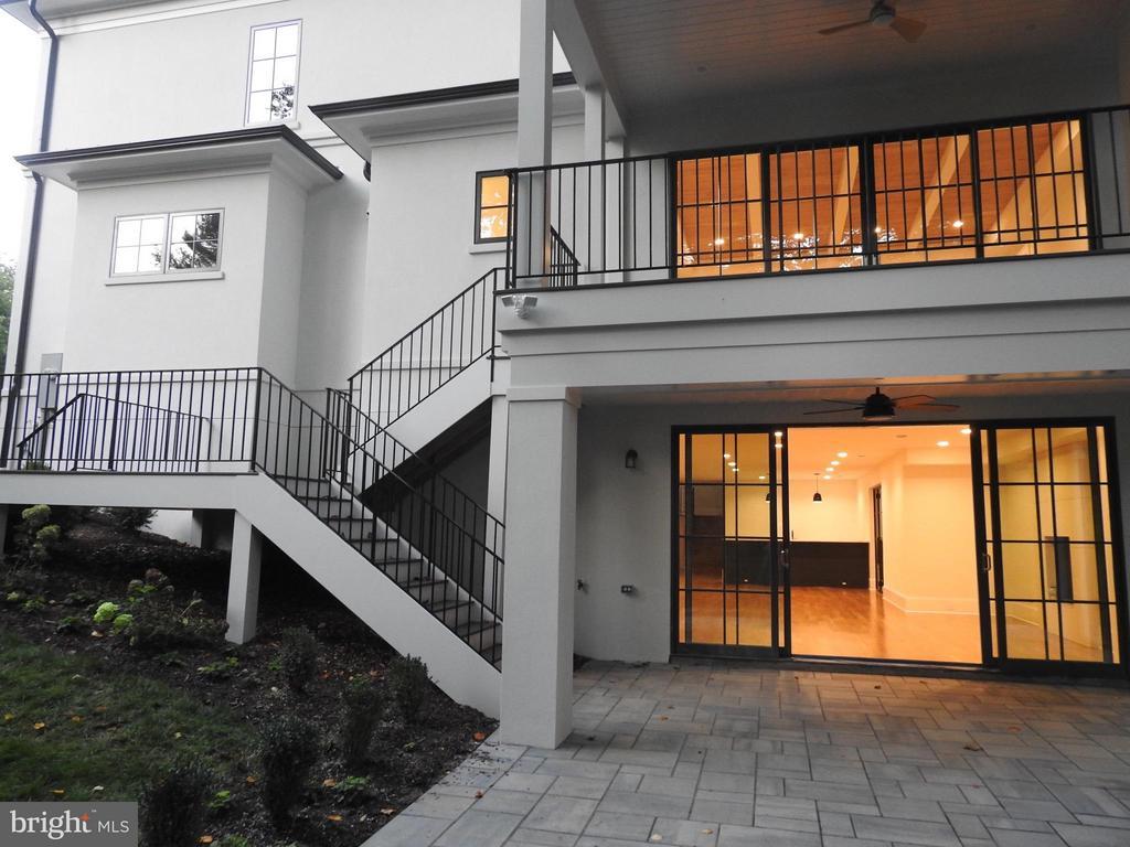 Exterior (Rear) - RIDGEVIEW RD, ARLINGTON