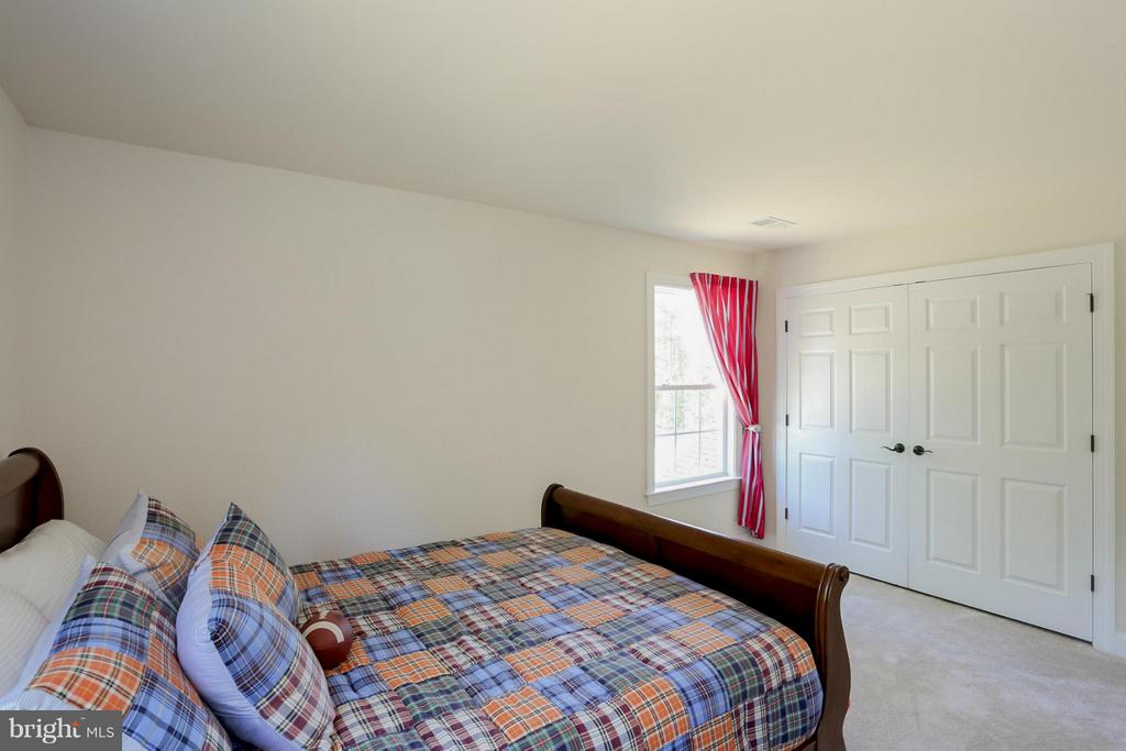 Third Bedroom - 107 CAMP GEARY LN, STAFFORD