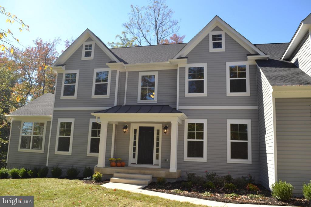 Similar to Home TO BE BUILT - 111 CAMP GEARY LN, STAFFORD