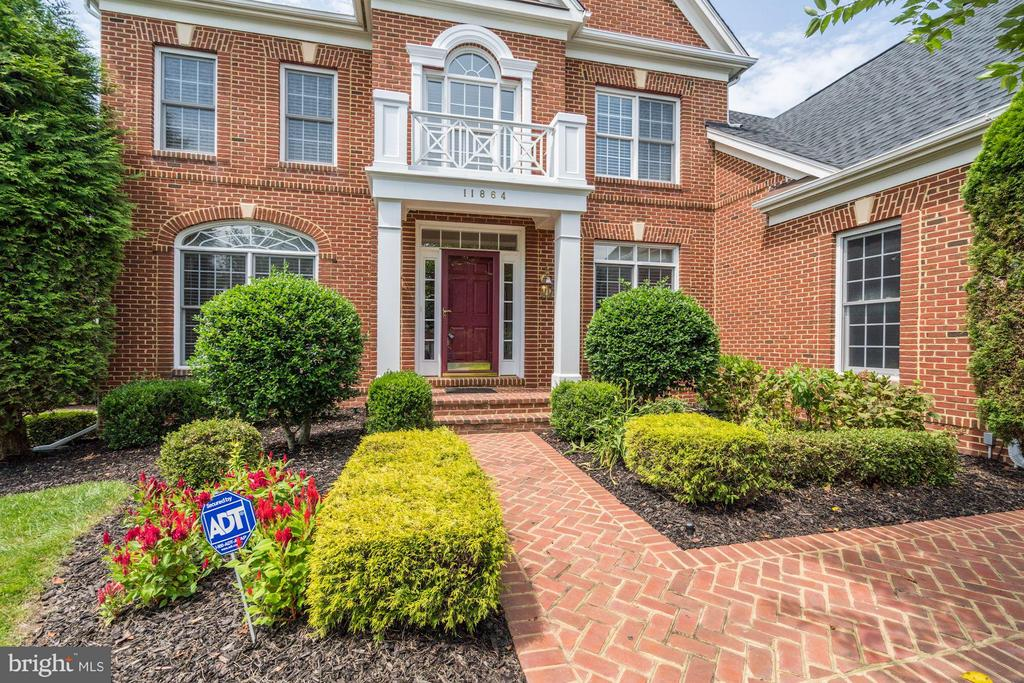Welcome Home!  11864 Chanceford Drive - 11864 CHANCEFORD DR, WOODBRIDGE