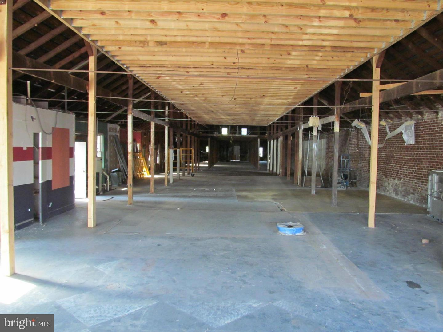 Additional photo for property listing at 130east Church St  Orange, Virginia 22960 United States