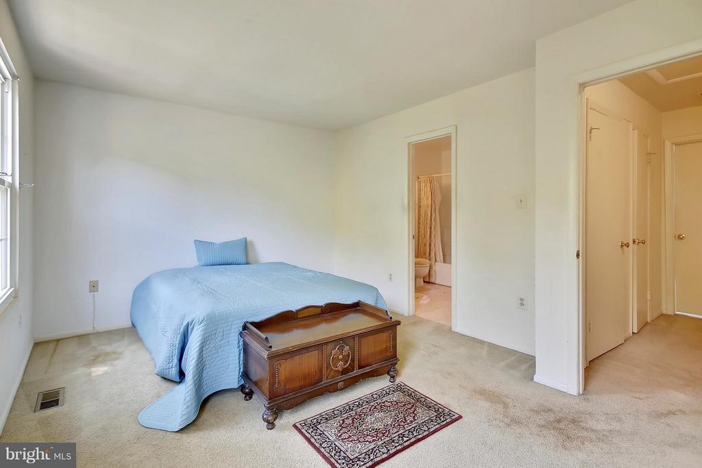 Bedroom - 15656 CLIFF SWALLOW WAY, ROCKVILLE