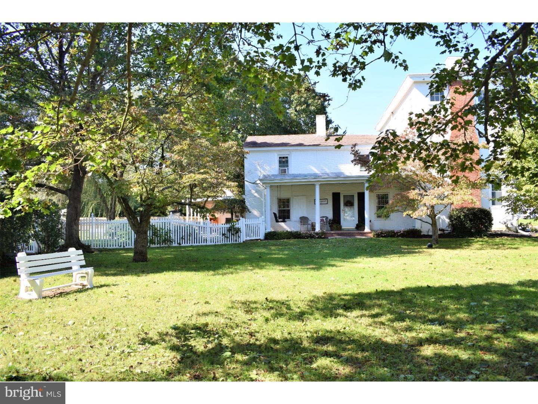 Maison unifamiliale pour l Vente à 130 E CAMDEN WYOMING Avenue Camden, Delaware 19934 États-Unis