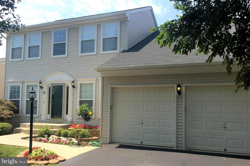 Welcome Home! - 10 STURBRIDGE LN, STAFFORD