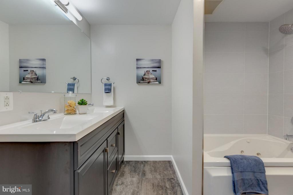 Hall Bath with Double Sink and Tile Floors ! - 11189 SILENTWOOD LN, RESTON
