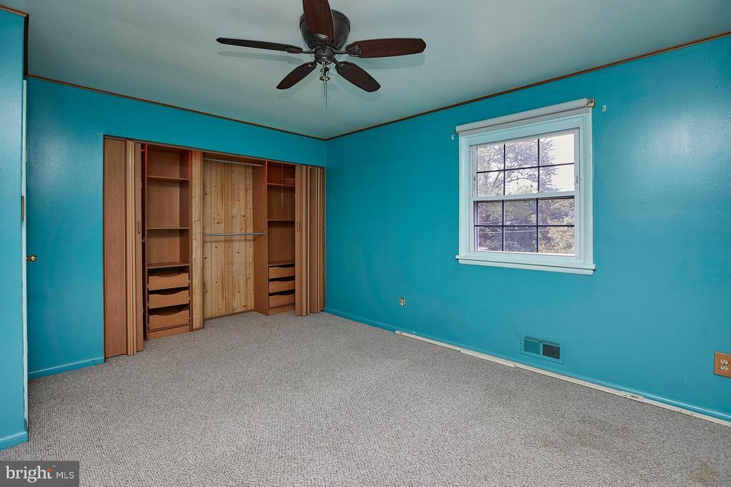 Bedroom (Master) - 4704 TIPTON LN, ALEXANDRIA