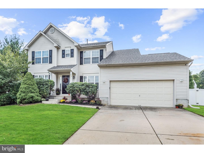 Casa para uma família para Venda às 136 PATRIOTS RIDGE Drive Woodbury, Nova Jersey 08096 Estados Unidos