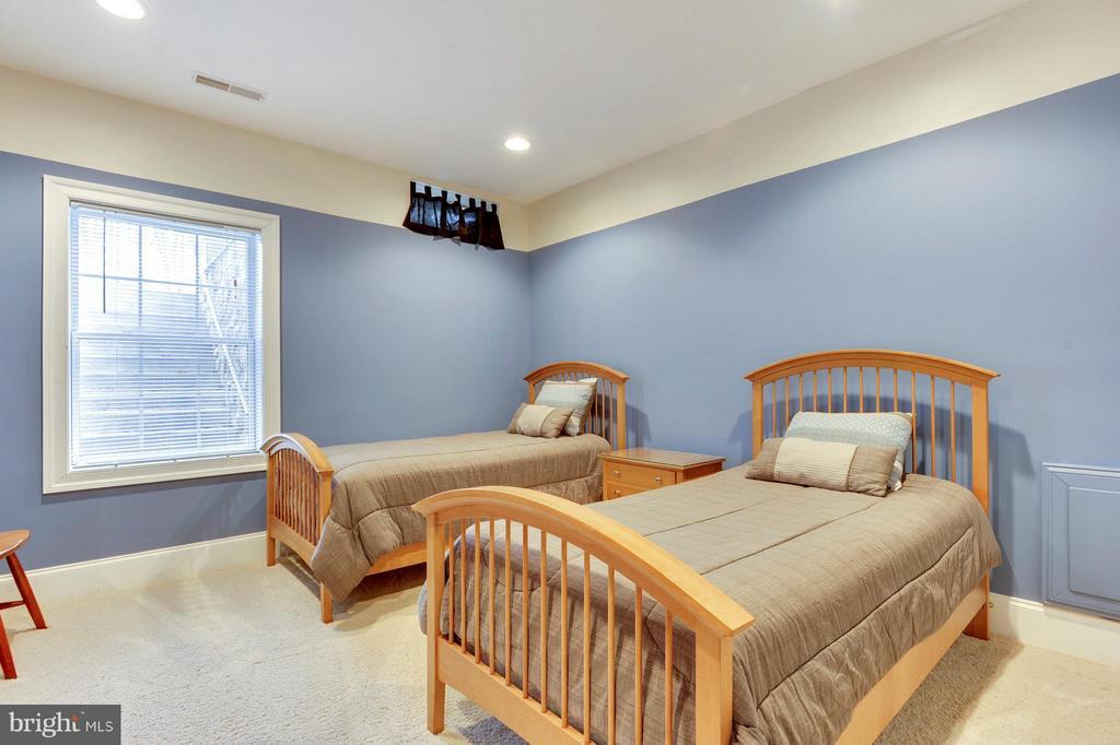 Bedroom in Basement - 43368 VESTALS PL, LEESBURG