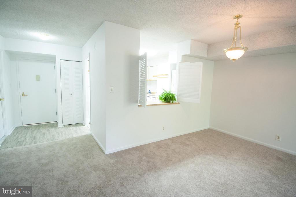 Living Room - 3800 POWELL LN #418, FALLS CHURCH