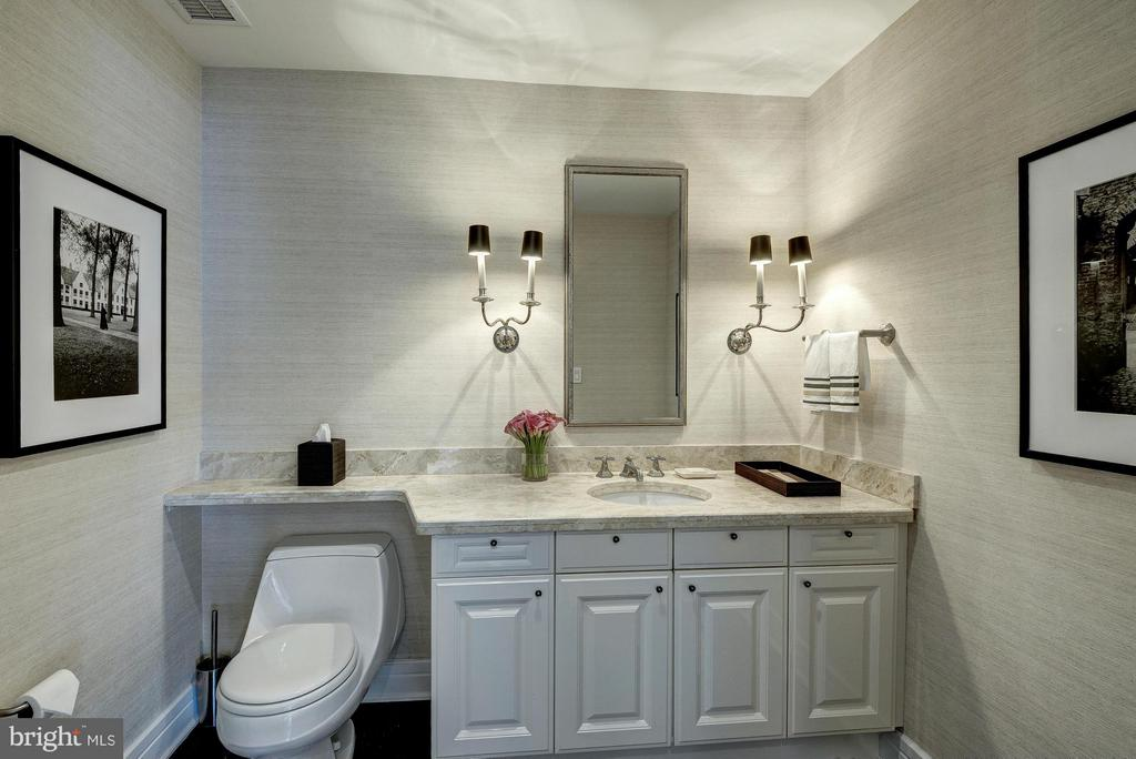 Main Level Powder Room - 1155 23RD ST NW #PH3E, WASHINGTON