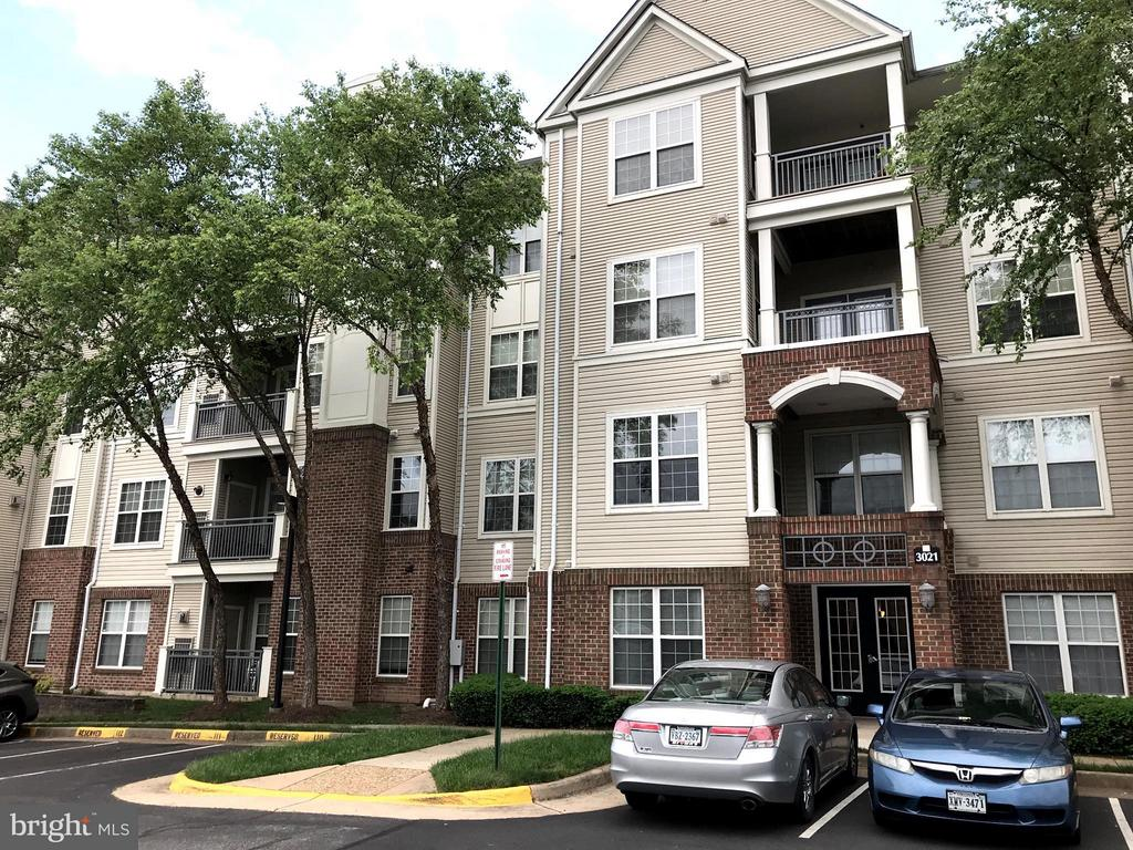 3021  NICOSH CIRCLE  1204 22042 - One of Falls Church Homes for Sale