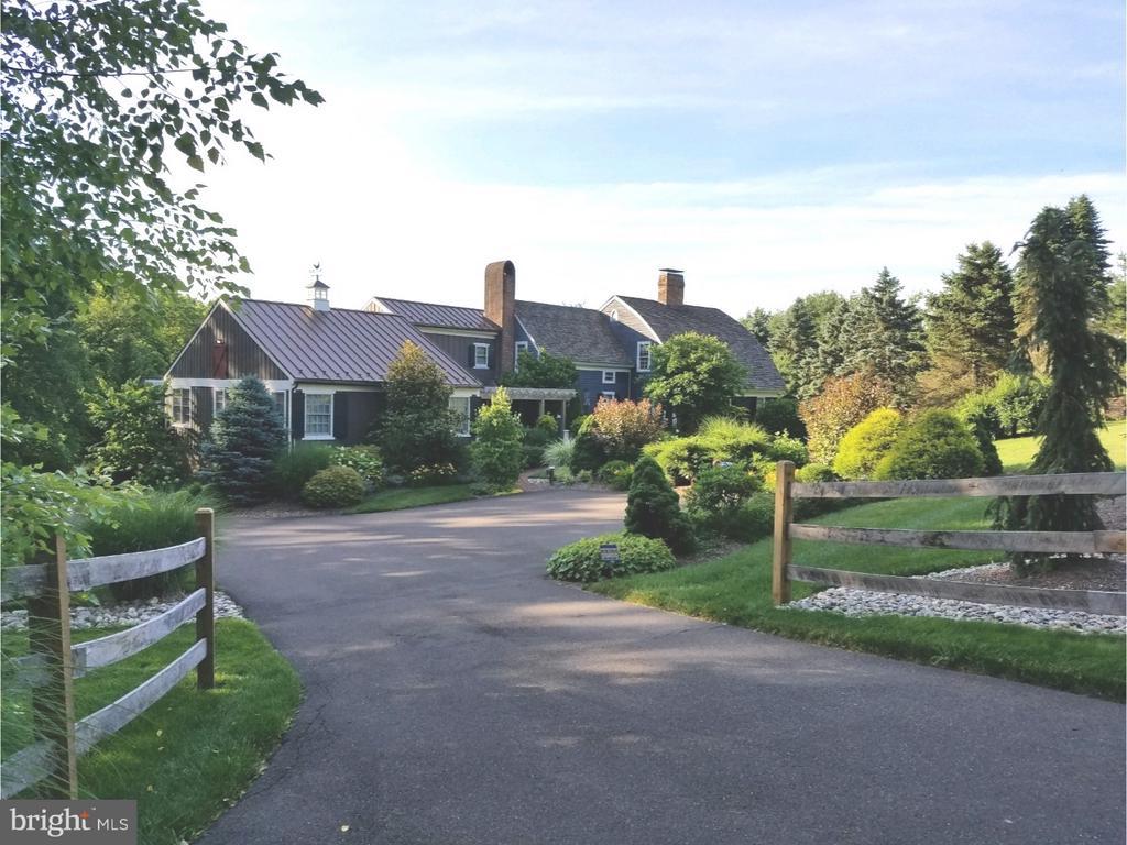 1249  PEBBLE HILL ROAD, Doylestown, Pennsylvania