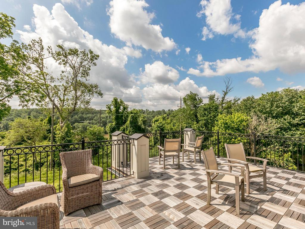Roof Top Deck - 4526 WESTHALL DR NW, WASHINGTON